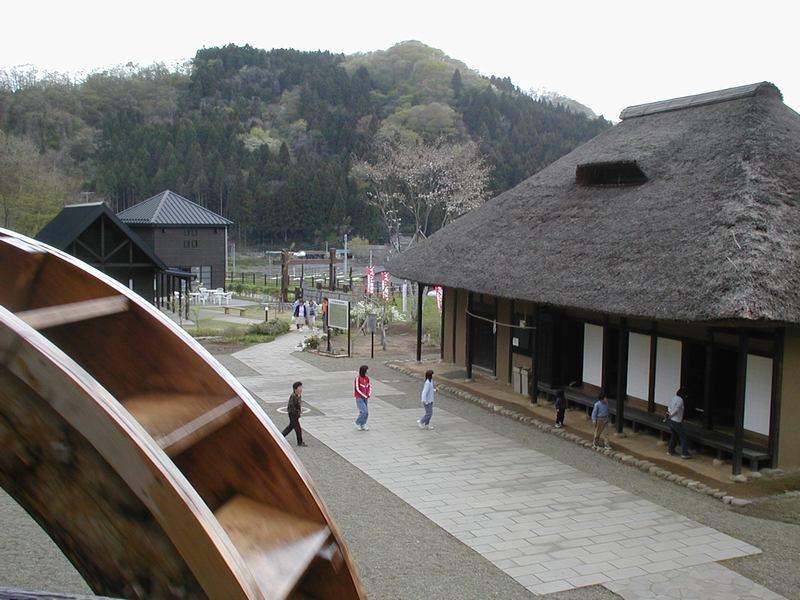 http://town-murata.com/2010/08/21/images/minwa1.jpg