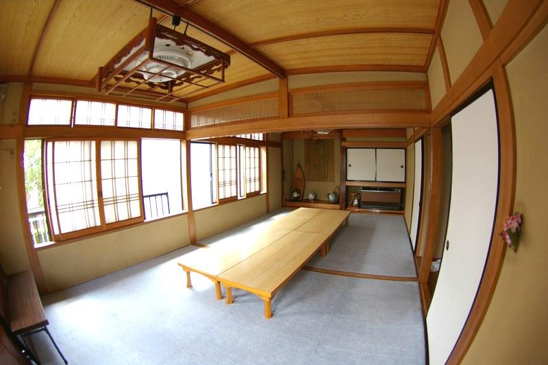 http://town-murata.com/2010/09/02/images/makotozushi3.jpg